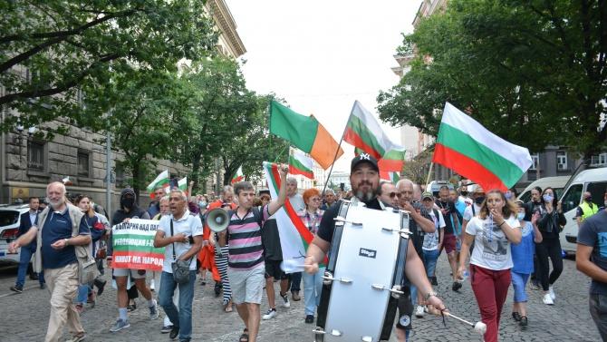 ЕК: Няма да коментираме събитията в България