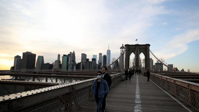 В опустошения от пандемията Ню Йорк започна масово преселение