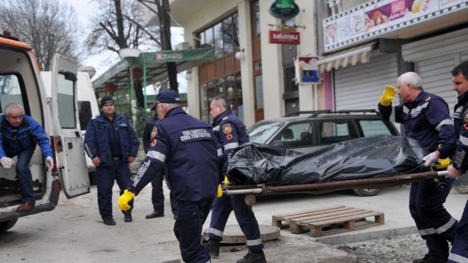 Откриха труп на 59-годишен мъж в Дупница
