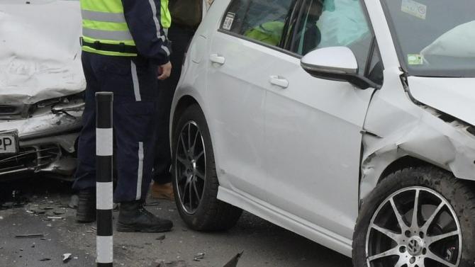 """Нарушена дистанция е станала причина за пътно произшествие на бул.""""Беломорски"""""""