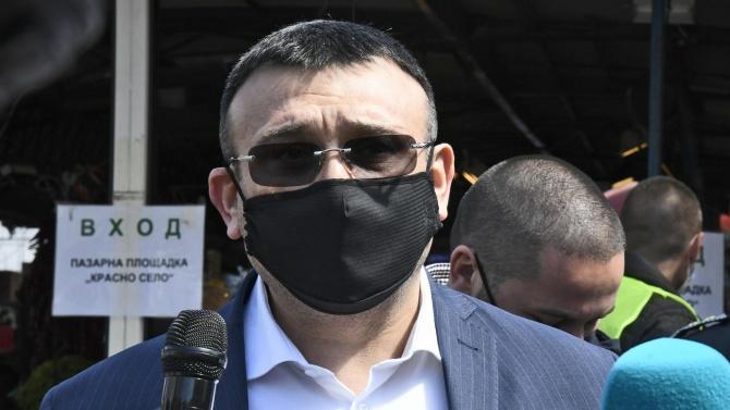 Младен Маринов ще информира в парламента депутатите за протестите