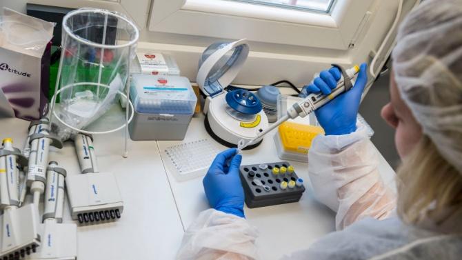 Русия съобщи за 6422 нови случая на коронавирус и отмени задължителната карантина за пристигащи