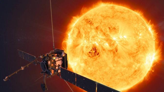 """Космическата сонда """"Солар орбитър"""" засне Слънцето от близко разстояние"""