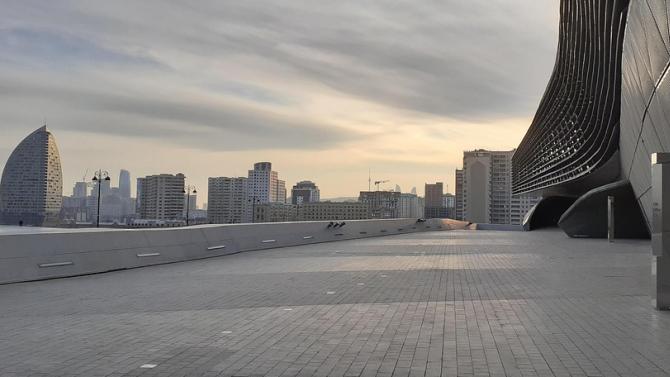 Президентът на Азербайджан Илхам Алиев уволни външния министър Елмар Мамедяров,