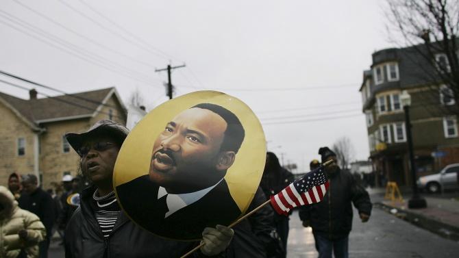 """Почина последният от """"Голямата шесторка"""" на Мартин Лутър Кинг - конгресменът Джон Луис"""