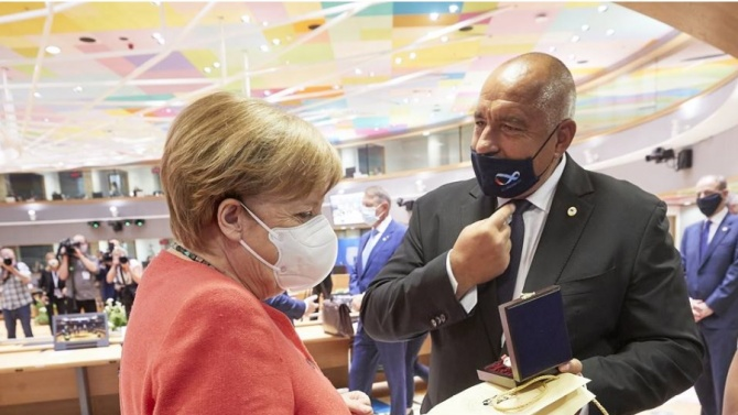 Меркел смята, че може да не бъде постигнато споразумение в Брюксел