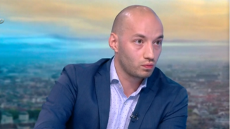 Политолог разкри причините за протестите и дали е възможно служебно правителство