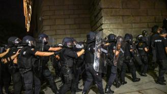 Стана ясно кои са полицаите, пребили протестиращи в София