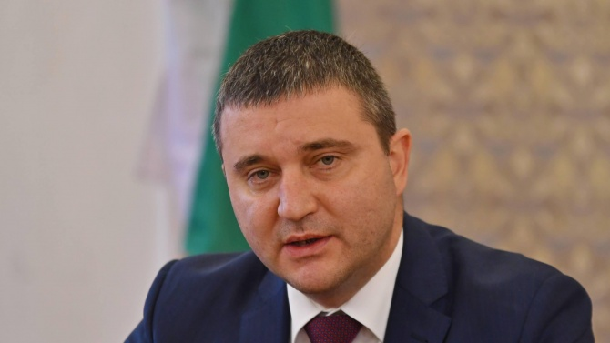 Владислав Горанов коментира оставката си, протестите и Радев