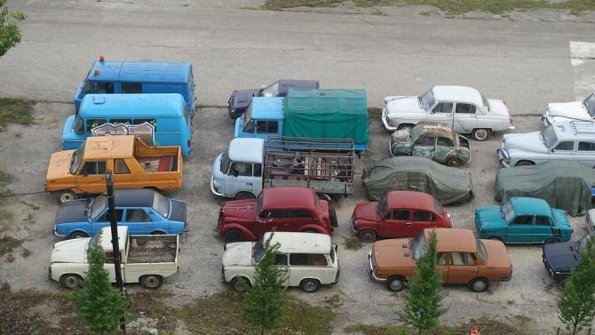 Община Берковица премахва стари автомобили от улиците