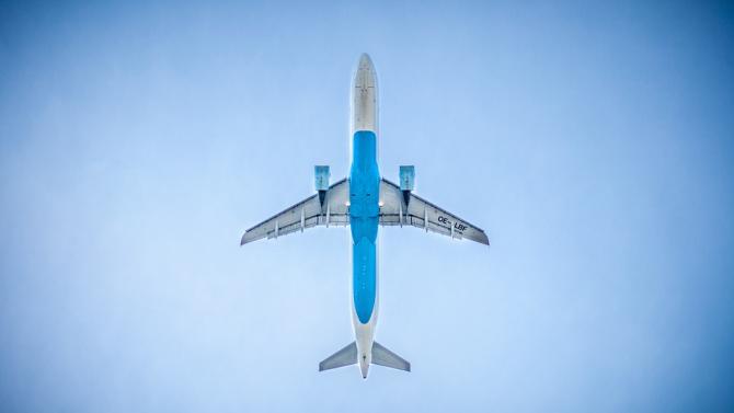 Осем авиокомпании са обвинени в нарушение на правата на пътниците