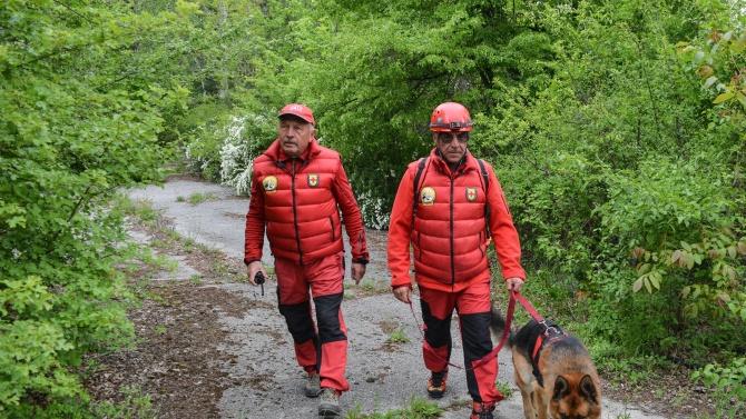 Планински спасители издирват изгубен иманяр в Стара планина
