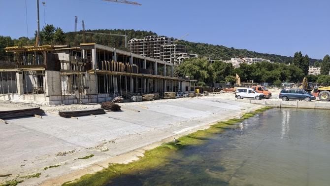 """Напредва строителството на рибарско пристанище """"Карантината"""" във Варна"""