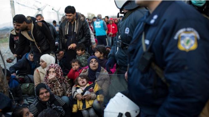 Болни деца и техни роднини пристигнаха в Германия от бежански лагери в Гърция