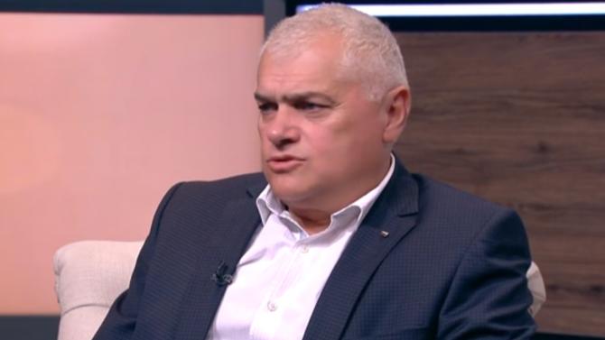 Валентин Радев: Правителството не се е бетонирало, иска да каже защо е добре да се чакат избори