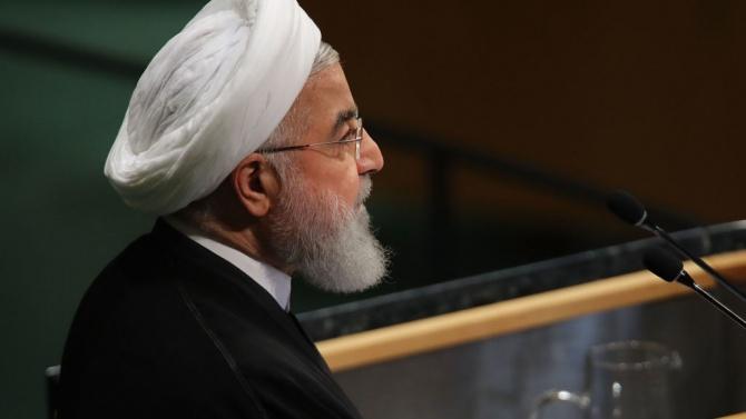 Иранският президент предупреди, че коронавирусната криза няма да приключи в краткосрочен план