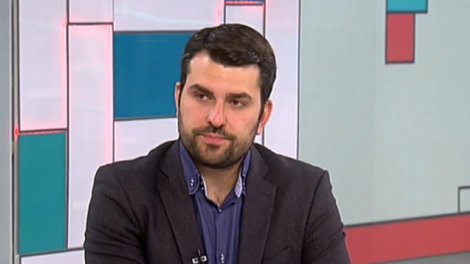 Георг Георгиев: Няма как да е форма на протест да нападнеш фина жена като Дариткова