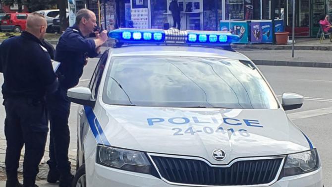 """Криминално проявен пловдивчанин с дрога избяга от полицаи в гора до плаж """"Каваци"""""""