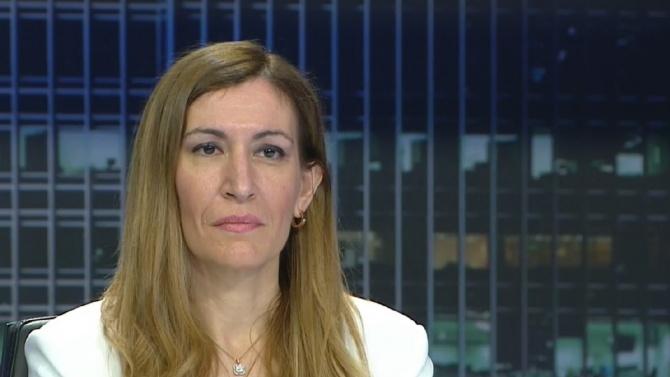 Николина Ангелкова смени министерския пост за депутатското кресло