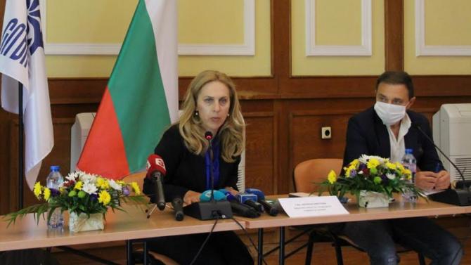 Очакваме да бъде издадена заповед за облекчаване влизането на украински
