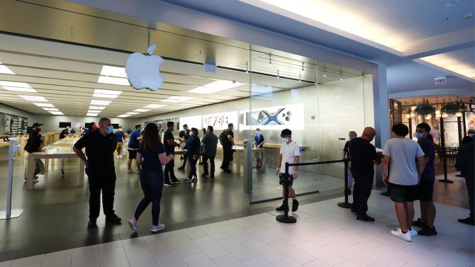 Apple демонстрира желязно здраве въпреки пандемията