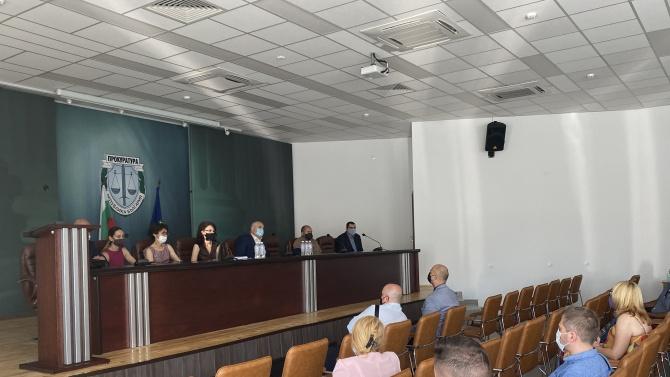 Главният прокурор Иван ГешевИван Стоименов Гешев е роден на 19