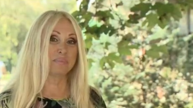 Певицата Кристина Димитрова чукна 60, колеги й посветиха песен