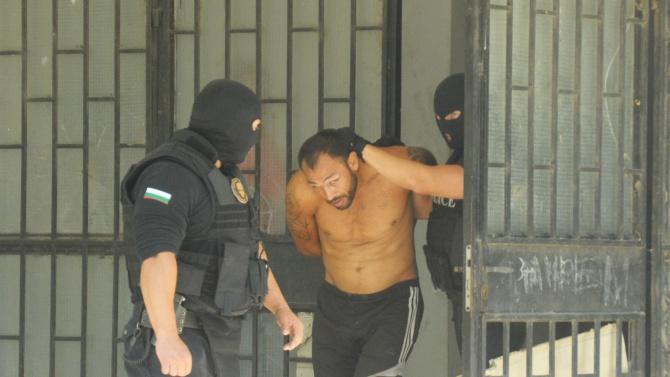Полицията с мащабен удар срещу битовата престъпност в Бургас
