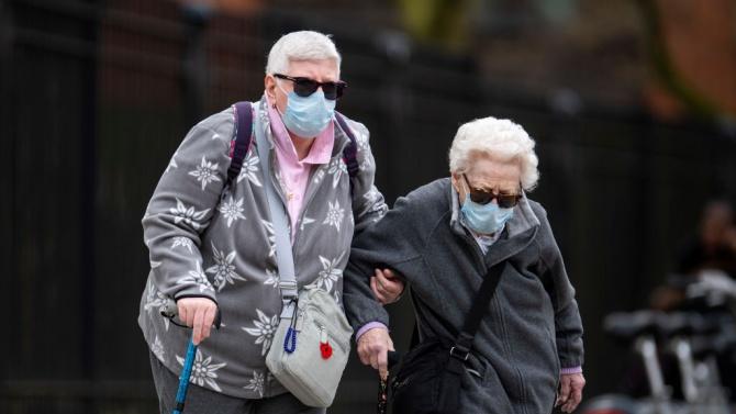 82 души са заразени с COVID-19 в Дома за възрастни