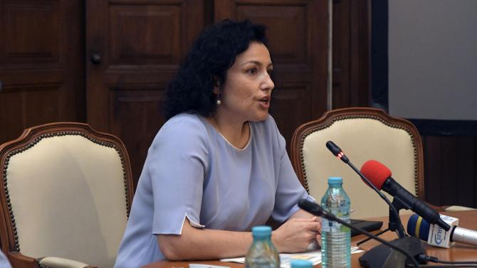 Министър Танева разкри окончателните мерки, с които ще бъдат подпомогнати земеделците