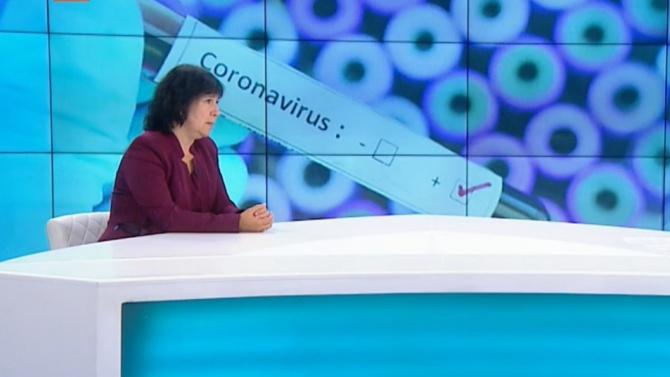Доц. д-р Пенка Петрова, директор на Института по микробиология към
