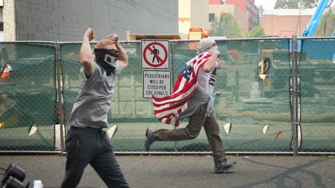 Федералните агенти в Портланд са получили 270 травми за месец