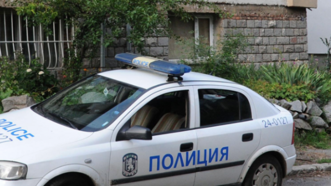 Полицията издирва 43-годишния Янек Михайлов Миланов, за когото роднини са