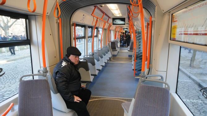 Увеличават се броя на колите, които обслужват временната автобусна линия