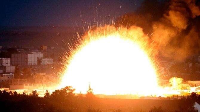 Експлозии разтърсиха Северна Корея, най-малко 15 жертви