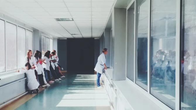 Лекари: Ситуацията с COVID-19 в Турция е по-тежка от представяната