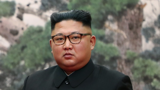 Севернокорейският лидер Ким Чен-ун нареди на държавните ведомства незабавно да
