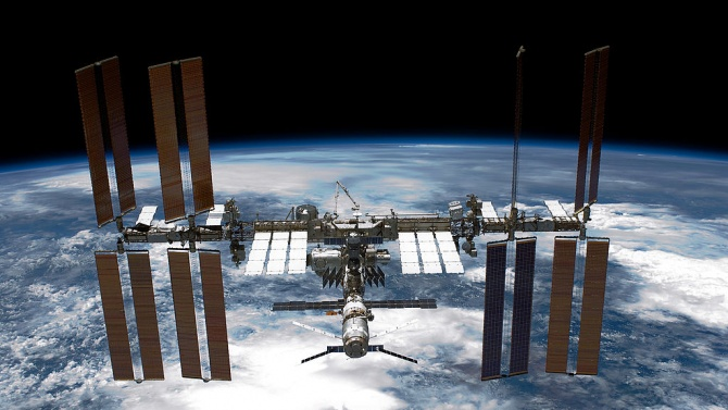 Учени откриха как да разширят наблюдението на космическите отпадъци