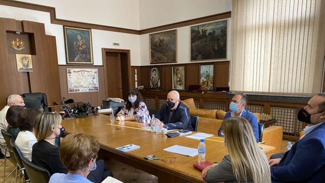 Гешев представи пред колегите си от Велико Търново и София целите за година