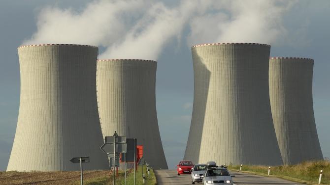 Екоактивисти окупираха днес две германски топлоелектрически централи в рамките на