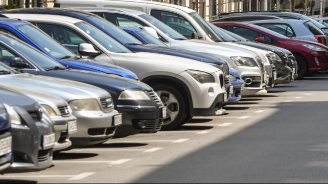 В Плевен влизат в сила промени в общинска наредба за платеното паркиране