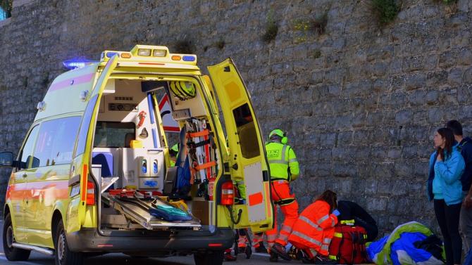 Автобус с полски туристи, връщащи се от България, катастрофира в Унгария