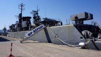 Договорът за изграждане на два кораба за ВМС ще се подпише в началото на есента