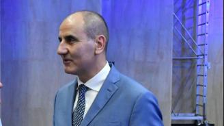 Цветан Цветанов: Обкръжението на Борисов го влече към дъното