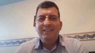 Евродепутатът от ГЕРБ, който се осмели да иде при протестиращите, разказа за срещата