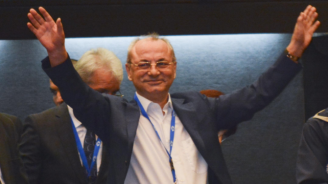 "Ахмед Доган изненада плажуващите на ""Росенец"""