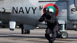 Зрелищни демонстрации за празника на ВМС във Варна