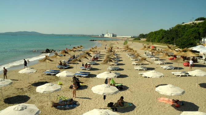 Затварят хотелите в Албена заради намаляващия брой туристи