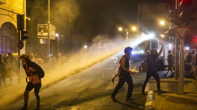 ЕС осъжда насилието срещу мирни демонстранти в Беларус след вчерашните