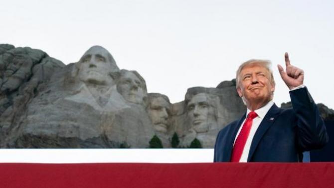 Доналд Тръмп определи като добра идея да види лика си на Ръшмор